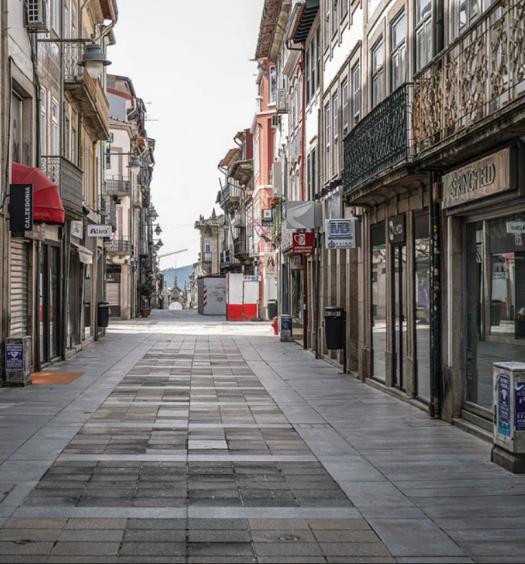 Ruas vazias Braga
