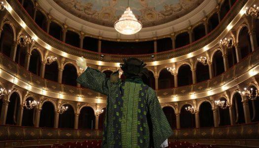 Dia Mundial do Teatro. A paixão pela arte teatral