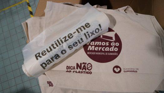 Câmara de Guimarães promove o uso de sacos compostáveis