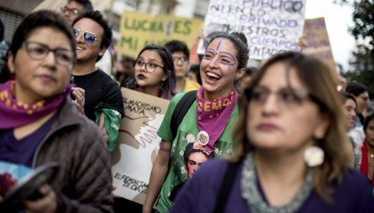 """Dia Internacional da Mulher: há """"falta de se mostrarem presencialmente vozes"""""""