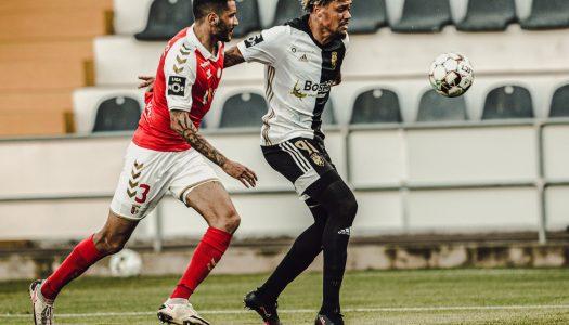 SC Braga vence Farense ao cair do pano