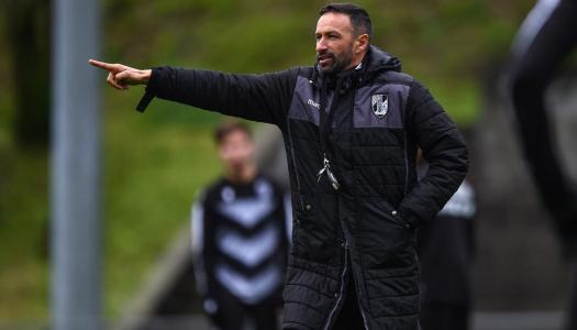 Bino Maçães sucede a João Henriques no comando técnico do Vitória SC